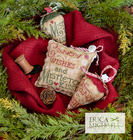 Mistletoe Kisses - Linen